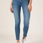 Lee Jeans, las tendencias en jeans para este 2021